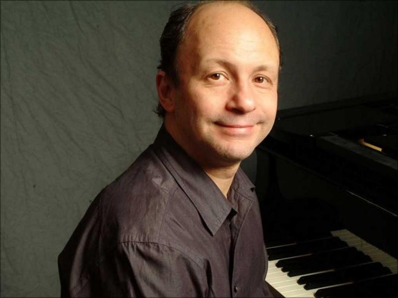 Brazilian jazz pianist Helio Alves is set to play at NYC's Mezzrow with guitarist Chico Pinheiro.